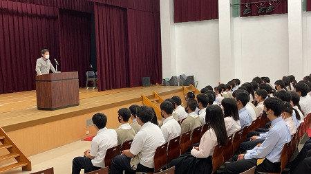 【高校1年】10月18日(月)1限 6号館にて Rコース集会