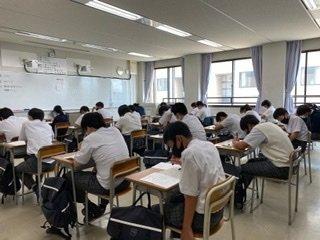 【中学】2学期始業式・宿題考査